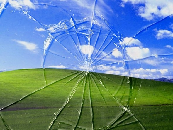 Windows XP Cracked Screen